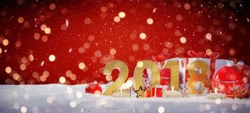 véspera de ano 2018 novo com rendição das quinquilharias e dos presentes 3D do Natal Imagem de Stock Royalty Free