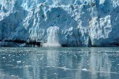 Vêlage, glacier de Margerie d'eau de marée, Alaska Image stock
