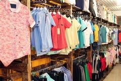 Vêtement dans la mémoire Photos stock