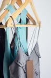 Vêtements élégants en vente Image libre de droits
