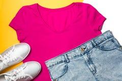 Vêtements décontractés de femme aériens, style de sport Image libre de droits