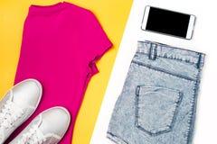 Vêtements décontractés de femme aériens, style de sport Image stock