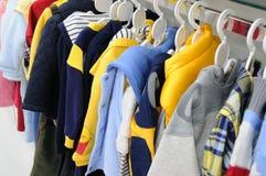 Vêtements d'enfants Photo libre de droits