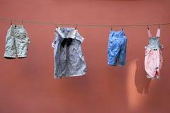 Vêtements d'enfants Photographie stock