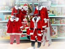 Vêtements d'enfants pour Noël Photo stock