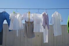 Vêtements de séchage Images libres de droits