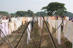 Vêtements de séchage en Inde Image libre de droits