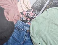 Vêtements et accessoires de tendance Vue supérieure images libres de droits
