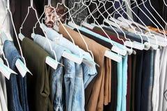 Vêtements fraîchement repassés de sport Photo stock