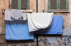 Vêtements frais lavés photo libre de droits