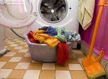 Vêtements lavés colorés Photos libres de droits