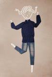 Vêtements placés dans l'action avec le dessin de femme image libre de droits