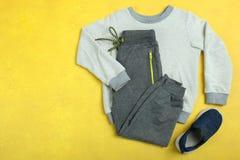 Vêtements pour le garçon Photo libre de droits