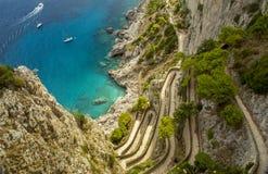 Vía Krupp en la isla de Capri en Italia imagen de archivo