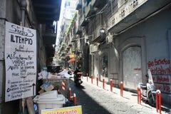 Vía la calle Napoli Italia de Nardones imágenes de archivo libres de regalías