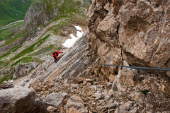 Vía subir del klettersteig de ferrata/ Imagen de archivo libre de regalías