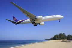 Vías aéreas tailandesas foto de archivo libre de regalías