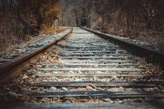 Vías abandonadas del tren Fotos de archivo libres de regalías
