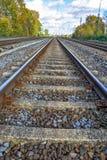 Vías del ferrocarril o de ferrocarril para el transporte del tren Fotos de archivo