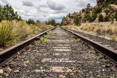 Vías del tren de ferrocarril Fotos de archivo