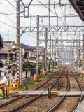 Vías e infraestructura del tren Fotografía de archivo libre de regalías