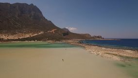 Vídeo aéreo da praia de Balos, Creta, Grécia filme