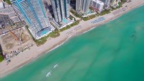 Vídeo aéreo de Sunny Isles Baech almacen de metraje de vídeo