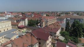 Vídeo aéreo de uma cidade em Romênia Satu Mare vídeos de arquivo