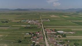Vídeo aéreo de una ciudad en Rumania Satu Mare almacen de video