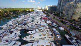 Vídeo aéreo del hyperlapse de la demostración del barco de Miami metrajes
