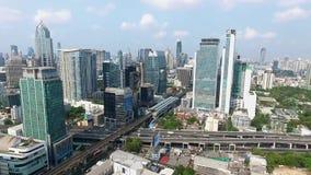 Vídeo central de la opinión aérea del panorama de la ciudad de Bangkok almacen de video
