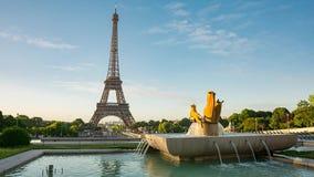 Vídeo de la torre Eiffel del lugar de Trocadero almacen de metraje de vídeo
