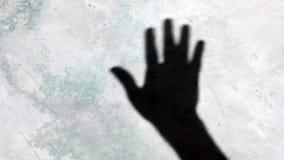 Vídeo de ondulação da sombra da mão filme