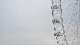 Vídeo del primer de London Eye, Londres, Reino Unido almacen de video