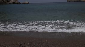 Vídeo del rompeolas del océano almacen de video