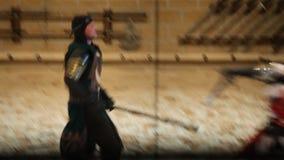 Vídeo del torneo medieval de las épocas almacen de metraje de vídeo