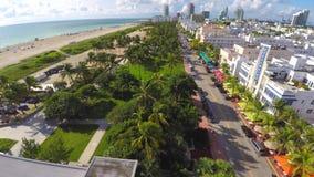 Vídeo 4k aéreo da movimentação Miami Beach do oceano video estoque