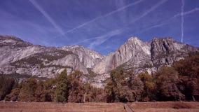 vídeo 4k do vale de Yosemite em Califórnia vídeos de arquivo
