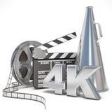 Vídeo, película, concepto de la producción del cine Carretes, clapperboard, megáfono y 4K 3d Foto de archivo