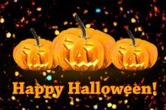 Víspera de Todos los Santos Calabaza decorativa que brilla intensamente Jack Postal, una tarjeta para Halloween Fotografía de archivo libre de regalías