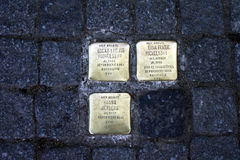 A vítima da guerra assina dentro Hamburgo Imagens de Stock Royalty Free