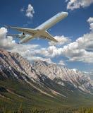 Vôo de dois aviões do motor de jato Foto de Stock
