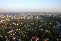 Vôo sobre a cidade Foto de Stock Royalty Free