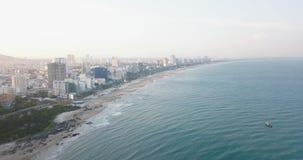 V?ng Tàu, Vietam, Asie, Asie du Sud-Est, longueur du bourdon 4k avec de belles vues : bâtiments, stations de vacances, littoral,  banque de vidéos