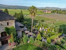 V鸟瞰图  Sattui酿酒厂和零售店,圣海伦娜,纳帕谷,加利福尼亚,美国 免版税图库摄影