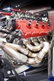 赛跑V-8孪生涡轮引擎的法拉利 免版税库存照片