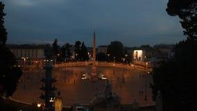 V in de nachtmening van Rome stock video