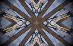 V kształty wokoło przecinającej metal struktury wyrzucony mandala Fotografia Stock