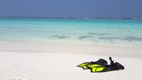 V02859 Maldives beautiful beach background white sandy tropical paradise island with blue sky sea water ocean 4k yellow stock video