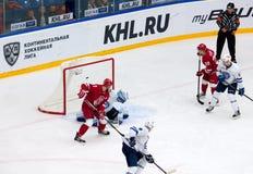 V Solodukhin (17) score Stock Foto's